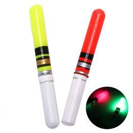 luzes led tubo de pesca Desconto 1 pc LED Luz Vara Para Pesca Flutuador Sem Bateria Tubo Noite Equipamento De Pesca Luminosa Flutuador Eletrônico LEVOU Elétrico