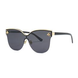 Poco uso online-gafas de sol de gran tamaño gafas de sol de mujer tricolor Nuevo Little bee 2019 gafas de sol de moda de doble uso fresco Sin marco populares gafas de sol populares