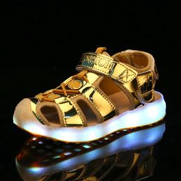 sandales usb Promotion Nouveaux été 2018 Enfants Led Light Sandales enfants de charge USB LED chaussures lumineuses Filles Garçons Sandales de plage confortable 26-37
