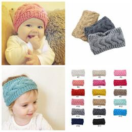 2019 crochê de bebê turbante Orelha de malha Crochet Headband Crianças bebê de Inverno Sports Headwrap Hairband Turban cabeça banda Warmer Beanie Cap Headbands LJJA3547-13 desconto crochê de bebê turbante