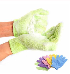 Esfregue esponjas on-line-Hidratante Spa Luva de pele chuveiro Scrub Body Glove Massagem Esponja Lavar hidratação da pele Luvas 1pc OOA7413-7 preço