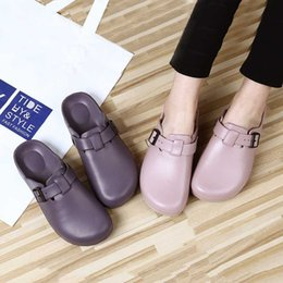 Accessori all'ingrosso infermieri online-wholesale Summer Women Slippers Nurse Clogs Accessories Medical Footwear Orthopedic Shoes Diabetic Clog EVA Light Weight CS576