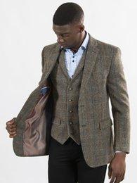 2019 vestito di colore marrone Brown Controllare Tailored Tweed Blazer abiti uomo Abiti da sposa per i migliori uomini di promenade adatta 2020 smoking dello sposo su ordine sconti vestito di colore marrone
