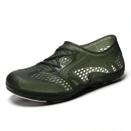 Zapatos aqua de goma online-2019 Aqua Shoes for Men Spring Summer Swim Hole antideslizante Light Beach Hombre Water Wading Sneakers baratos