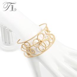 Gold energie online-Muster Hoop Gold Gliederkette Edelstahl rosa Perlen Energie Armband Chakra für Lady Love Health Lucky Couole Gentle