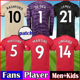 Kits de futebol preto on-line-Fãs / Jogador FC Manchester United Soccer Jersey 19 20 POGBA LINGARD RASHFORD Maguire terceiro kit de futebol preto United UTD away Kit homens + conjuntos de crianças