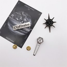 exo pins Promotion Youpop Kpop EXO PLANET Exploration Broche Light Stick Pins K- alliage Lightstick Badge Accessoires LU6838