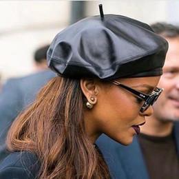 2019 rote barett militär Die Kappen des hochwertigen Entwerfer-Hutmädchens Luxuxkappe der modernen Mens-Frauen schwarze Schaffell-lederne Art und Weisedame Hats New Arrived Hot