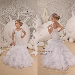 2d3262fc40e2 abiti corti di corsetto Sconti Carino Little White manica corta sirena  Flower Girl Dresses 2019 Sheer