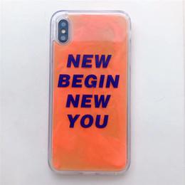 Casos bonitos do telefone on-line-Luxo legal cor luminosa líquido quicksand soft phone case para iphone x xr xs max 7 8 plus 6 s doce bonito bling glitter capa