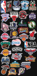 Sticker mural personnalisé en Ligne-32pcs-lot autocollants de vinyle de basket-ball brillant voiture skateboard moto vélo bagages portable stickers muraux pack