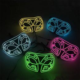 2019 decoraciones de fiesta de la mascarada blanca negra Masquerade Ball Personalidad máscara de zorro luminoso Halloween Horror Flash Máscara fiesta EL Cold Light Glow Mask T9I0084