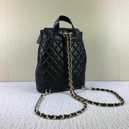 Doppelter taschenrucksack online-Hohe Qualität Berühmte Designer brandneue Leder Lammfell Tasche Kette Klappe gesteppte Doppel Schulter Rucksack Schultasche Geldbörse