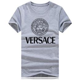 Venta al por mayor nueva marca de lujo de cuello redondo camiseta de manga  corta camisa poloshirt hombres teel hip 3d diseñador para hombre t shirts 41d97ba082c