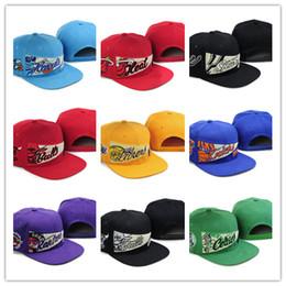 33a8dc48e2 Atacado snapbacks de beisebol das mulheres snapbacks de basquete das  mulheres todos os 30 equipes de futebol chapéus homem esportes chapéu plano  hip-hop ...