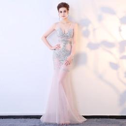 Длинное платье клуба сквозь тюль онлайн-Смотрите через клубный V-образным вырезом Русалка длиной до пола тюль вечернее платье из бисера женщины длинные платья сексуальный вечер элегантный тюль платье