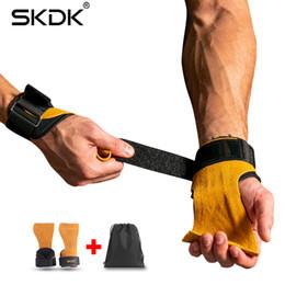 2019 handschuhe taktisch grün Skdk 1 Paar Kuhfellhandgriffe Gymnastikhandschuhe Griffe Anti-Rutsch-Gymnastik-Fitnesshandschuhe Gewichthebergriff Gym Crossfit Training C19022301