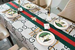 pano de mesa de natal roxo Desconto Listra Abelha Imprimir Toalha De Mesa Hot Style Nova Carta Cheia de Design de Luxo Moda Antependium Retângulo Grande 140 cm Toalha De Mesa