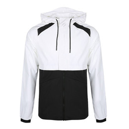 Мужские куртки дизайнер онлайн-Mens Designer Jacket Running Brand Jacket Thin Windbreaker Hot Sale Sports Hooded Coats Male Sportwears Free Shipping