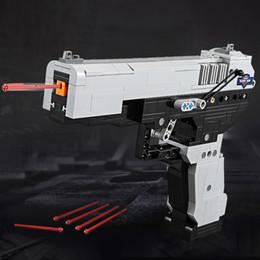 crianças, exército, brinquedos Desconto 412 pçs / set M23 Desert Eagle modelo de bloco de construção de armas brinquedos pistola pistola pode disparar balas conjunto arma do exército para crianças crianças meninos presente
