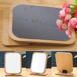 компактный стенд Скидка Compact Pocket Wooden Mirror Standing Desktop  Adjustable Angle Foldable Rotation Portable Small Cosmetic 360 Degree Table