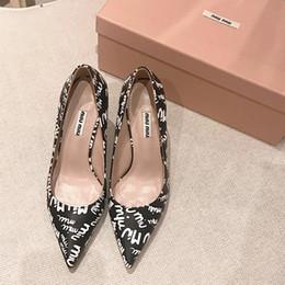 новый дизайн летних платьев Скидка 2019 лето новый дизайн высшего качества дамы на высоких каблуках, остроконечные туфли свадьба бальное платье туфли женские туфли, дамы модные туфли на высоком каблуке qf