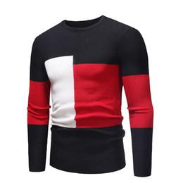 nuevos estilos de suéter para hombre. Rebajas Nuevos suéteres delgados para hombres de moda Diseño de bloques de color Suéteres finos de otoño e invierno Estilo de color de contraste