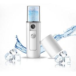 2019 pulverizadores de niebla mini Mini USB Recargable Facial Steamer Nano Facial Mist Sprayer Cool Face Spray Steamer Viajes Hidratante Face Sprayer pulverizadores de niebla mini baratos