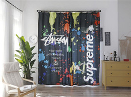 NewGraffiti Letter Design Curtain Dark Letter 2PCS / Lot Fashion Curtain Soggiorno Hotel Camera da letto Tenda di marca da