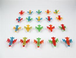 Brinquedo para crianças on-line-Mini Rodas De Aeronaves de Plástico Deslize Asas de Avião de Combate Avião Gashapon Crianças Brinquedos Avião Criativo Crianças Brinquedo 0 08hq N1