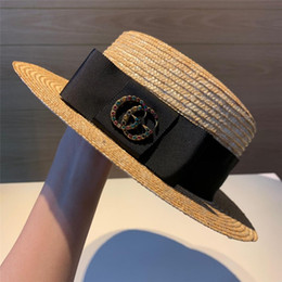 Hommes fedora de paille en Ligne-2019 Marque Chapeaux de paille Fedora Soft Vogue Hommes Femmes Stingy Brim Caps noir bande blanche Choisir