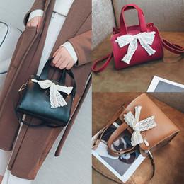 2019 koreanische spitzenhandtaschen Damenmode Nette Spitze Bogen Handtasche Koreanische version kleine taschen für frauen Crossbody Umhängetaschen bolsos para mujer # 35 günstig koreanische spitzenhandtaschen