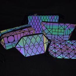 bolsa de hologramas laser Rebajas 9 estilos Láser luminoso cluth bag girl Láser comestic Bolsa de almacenamiento Moda portátil bolsa de maquillaje Holograma chica viajes fiesta bolsas FFA1535