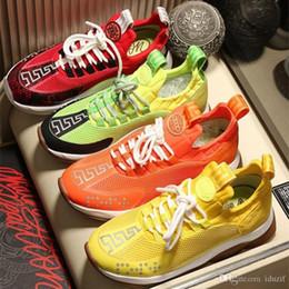 Rendas em relevo on-line-2020 NOVA Itália Novo Luxo Reação Em Cadeia Senhoras Casuais Sapatos de Grife Mens Das Mulheres Distrito de Medusa-Link Única Formador Em Relação EUA 5.5-11