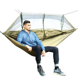 Oscillazioni verdi online-1-2 Persona Outdoor Zanzariera Amaca da paracadute Campeggio appeso Letto a penzoloni Altalena portatile Doppia sedia Hamac verde dell'esercito