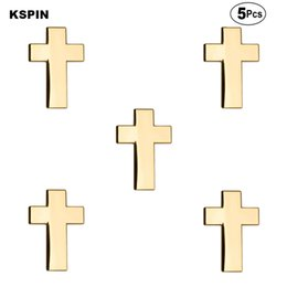 cross lapel pin Sconti Golden Cross Spille Pin del risvolto del distintivo della bandierina Pin Spilla Badge 5pcs un lotto