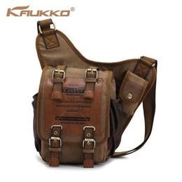 cross corpo mochila para homens Desconto KAUKKO Mochila Masculina Retro Lona Sacos de Ombro de Viagem Mensageiro Cross Body Bag