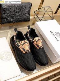 Liujingang8 Negro impresas en 3D de los zapatos ocasionales 2022 zapatos de vestir de los hombres Mocasines Mocasines Acordonadas Monk Correas Botas Drivers las zapatillas de deporte de cuero real desde fabricantes