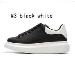 2019 Designer scarpe casual per scarpe bianco nero della piattaforma del partito Moda Scarpe donna Atletica piatta Pelle Altezza Aumentare Scarpe da