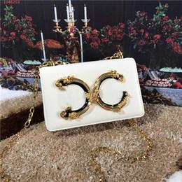 Bolsos de cuero americano online-Bolso de señora europea y americana de alta calidad con letras de oro y cobre decoradas con bolso de piel para mujer