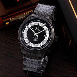 Canada 2019 nouvelle vente chaude Mens montre-bracelet bleu noir lunette en céramique montre en acier inoxydable mouvement automatique montre limitée Offre