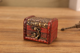schöne holzkisten Rabatt Vintage Jewelry Box Organizer Aufbewahrungskoffer Mini Holz Blumenmuster Metallbehälter handgefertigte kleine Holzkisten