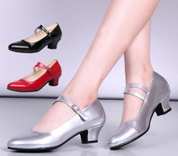 Comprar sapatos de dedos on-line-Fabricantes comprar nova dança low-salto alto sapatos de dança das mulheres quadrada sapatos de dança latina boca rasa único sapatos atacado