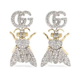 D письмо ювелирные изделия онлайн-Имейте марки модный бренд письмо пчелы дизайнерские серьги для леди дизайн женщины ну вечеринку свадьба влюбленных подарок роскошные украшения для невесты с коробкой