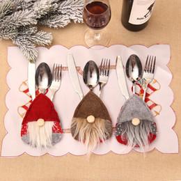 Cuchillo elfo online-Fuentes de la Navidad Cuchillo Tenedor Conjunto Elf bigote bolsillo de la decoración de Navidad festiva del partido del ornamento Inicio 3 colores