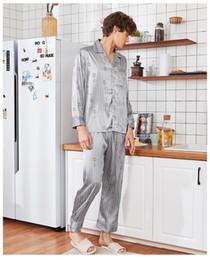 pijamas de seda Rebajas Nuevo verano sedoso sueño pijamas traje para hombre camisa pantalones ropa de dormir establece ropa de hogar informal ropa de dormir falda de seda traje de baño vestido L-XXL