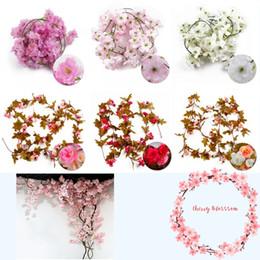 Fiori di arco della decorazione di nozze online-Cherry Rattan 2M Sakura Rattan Wedding Arch Decorazione Vite artificiale Fiori di seta Ivy Decorazione della stanza da sposa Hanging Ghirlanda