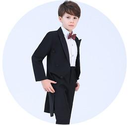 Argentina Fine Black Boys Tuxedos boda traje de piano traje de niño 4 pcs Niños Ropa formal Primera comunión vestidos ulzzang portador del anillo Trajes de los niños Suministro