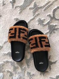 2019 sandalias dedos del sexo 2020 clásico FF causal estilos de marca de moda zapatillas hombres mujeres tian / flores comienzan las sandalias de diapositivas de impresión Unisex flip flop playa al aire libre