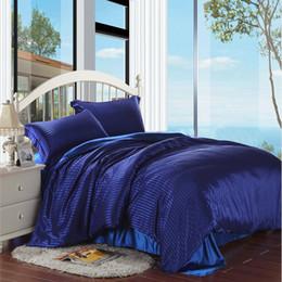 Conjunto De Cama De Seda Elegante Chinês Comforter Stripes Design 2017 Luxo Rei / Rainha / Full Size Rosa / Azul Royal / Borgonha de Fornecedores de rei comforter seda azul
